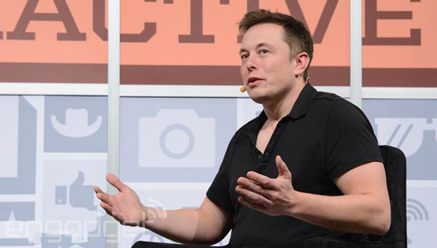 Tesla solar panels EXPLODE amid calls for Elon Musk's resignation Elon-musk-ai-2014-10-27-01