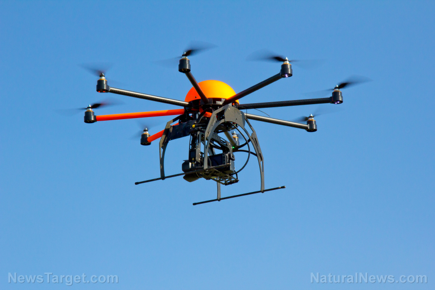 "Just say No to drunk ""droning"": Japan to fine offenders $2800 Octocopter-Drone-1"